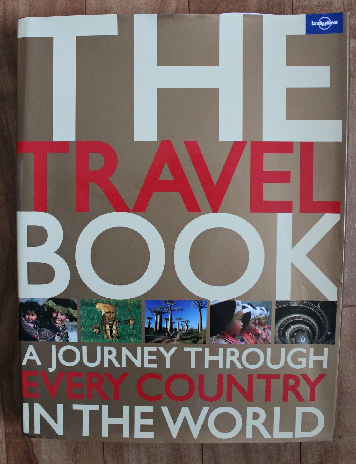 Travel Book Cover ~ Lonely planet the travel book review