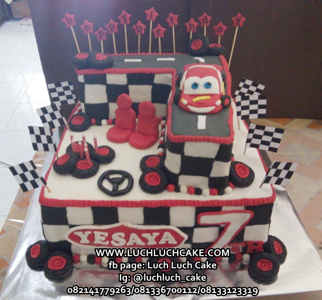 Luch Luch Cake Kue Ulang Tahun Tingkat Mobil Cars Mc Queen