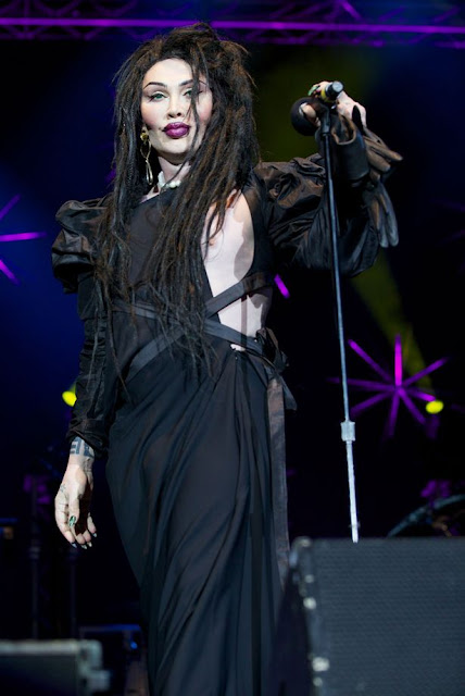 Pete Burns A Gender Varian...