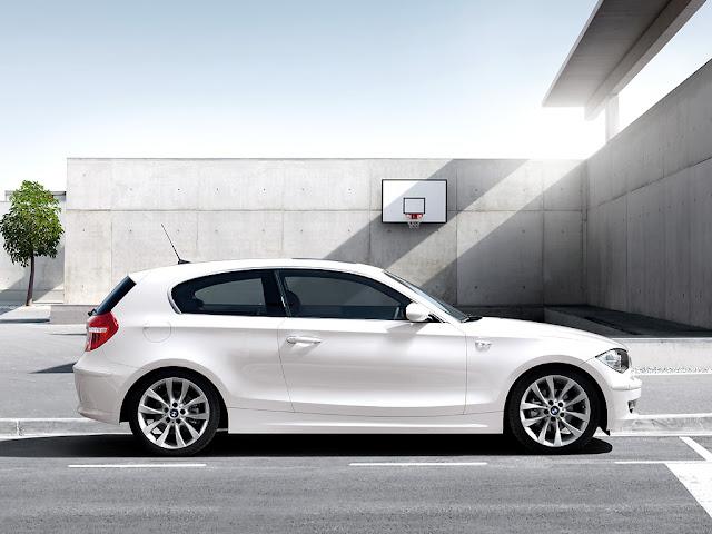 minimalist car design: BMW 1 Series (3-door) wallpaper