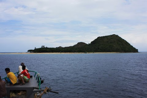 Malalison Island in Antique - Discover new Paradise