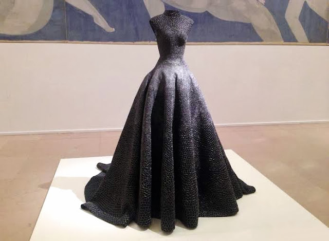 Incredible Azzedine Alaia black gown