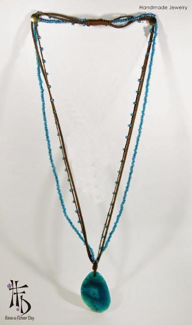 CHANDRA. Colgantes con ágata · Agate pendants