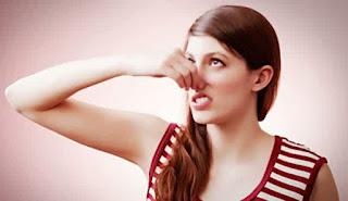 deteksi-3-penyebab-bau-ketiak-dan-badan-8-cara-terbaik-dan-alami-mencegah-dan-mengobatinya