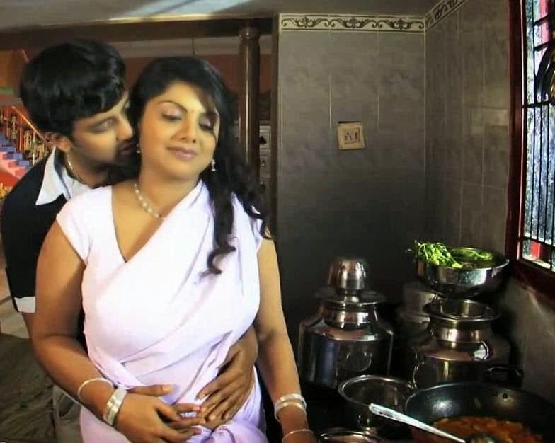 Ente Reshmi Ammayiyum Njanum Part 2 Kambi Katha