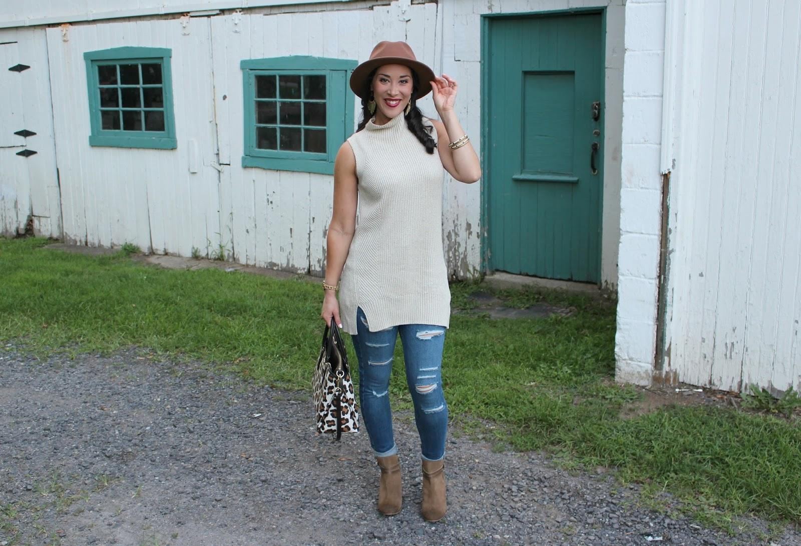 Style In Harmony Fall Sleeveless Tunic Sweater