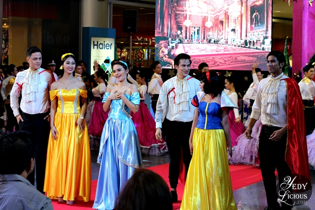 Disney Princesses at SM City Masinag Christmas Launching