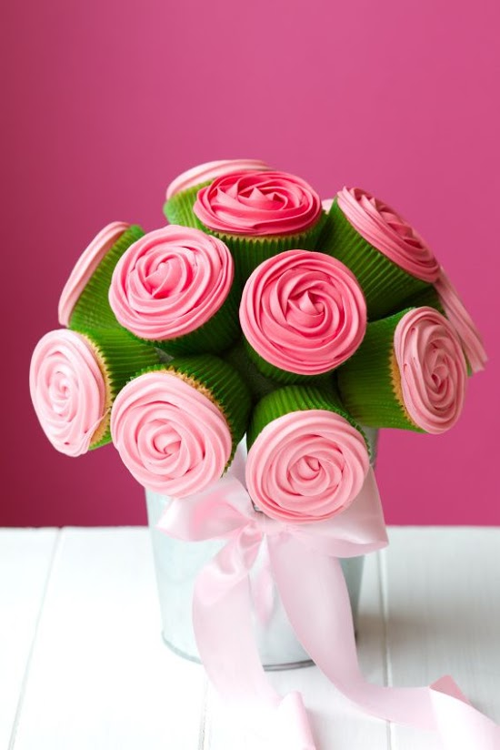 How To Guide: Mother's Day Cupcake Bouquet