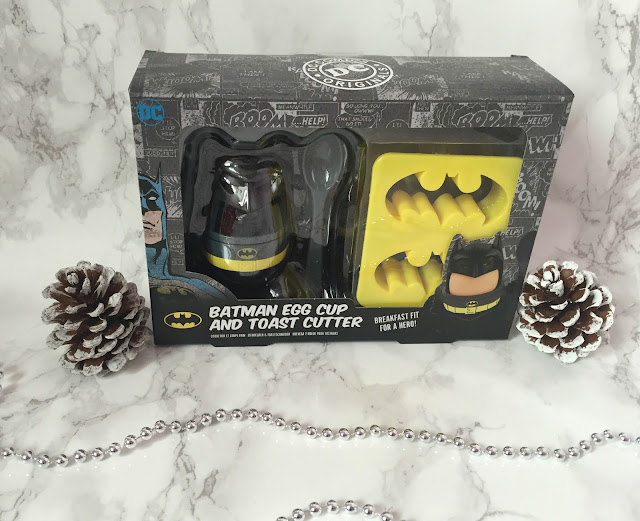 Batman egg cup and coast cutter in box