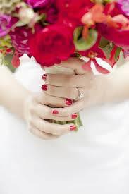 unhas para noivas esmalte vermelho