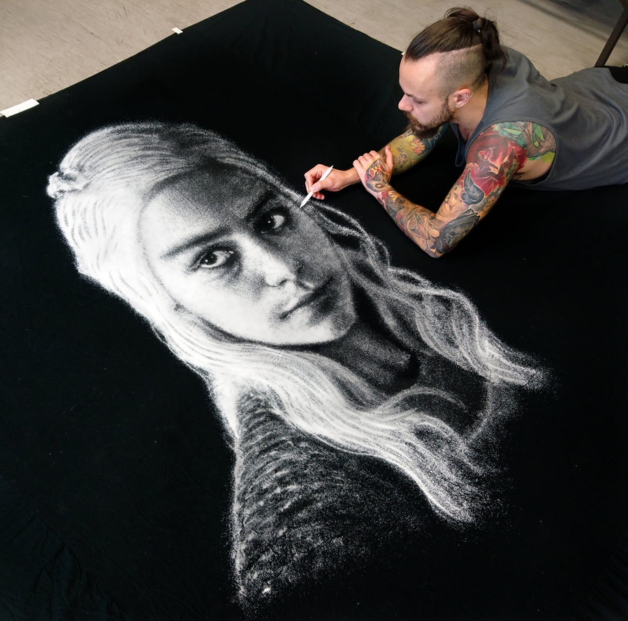 04-Daenerys-Emilia-Clarke-Game-of-Thrones-Dino-Tomic-aka-AtomiccircuS-Kitchen-Salt-Temporary-Drawings-www-designstack-co