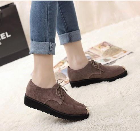 Model Sepatu Wanita Ala Korea Trendy Terbaru