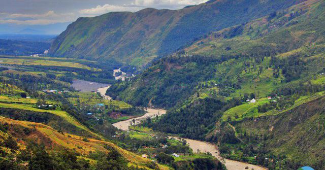 Jelajahi Lembah Baliem Wamena - Wisata Hits