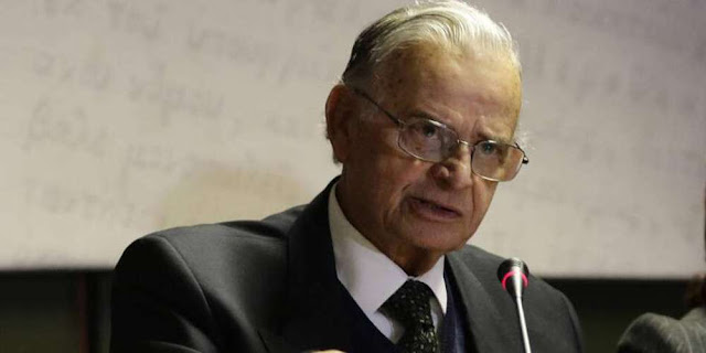 Πέθανε ο φιλόλογος και συγγραφέας Σαράντος Καργάκος