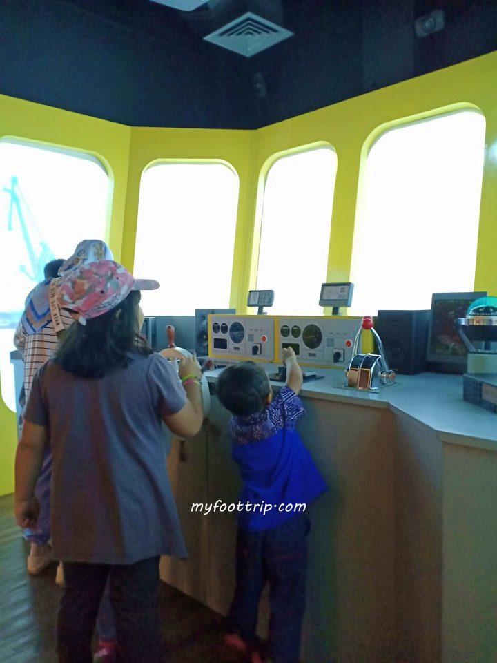 ruang simulasi museum maritim indonesia