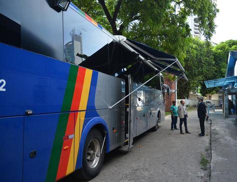 Polícia Civil monta unidade móvel para atender vítimas de 'agulhadas'