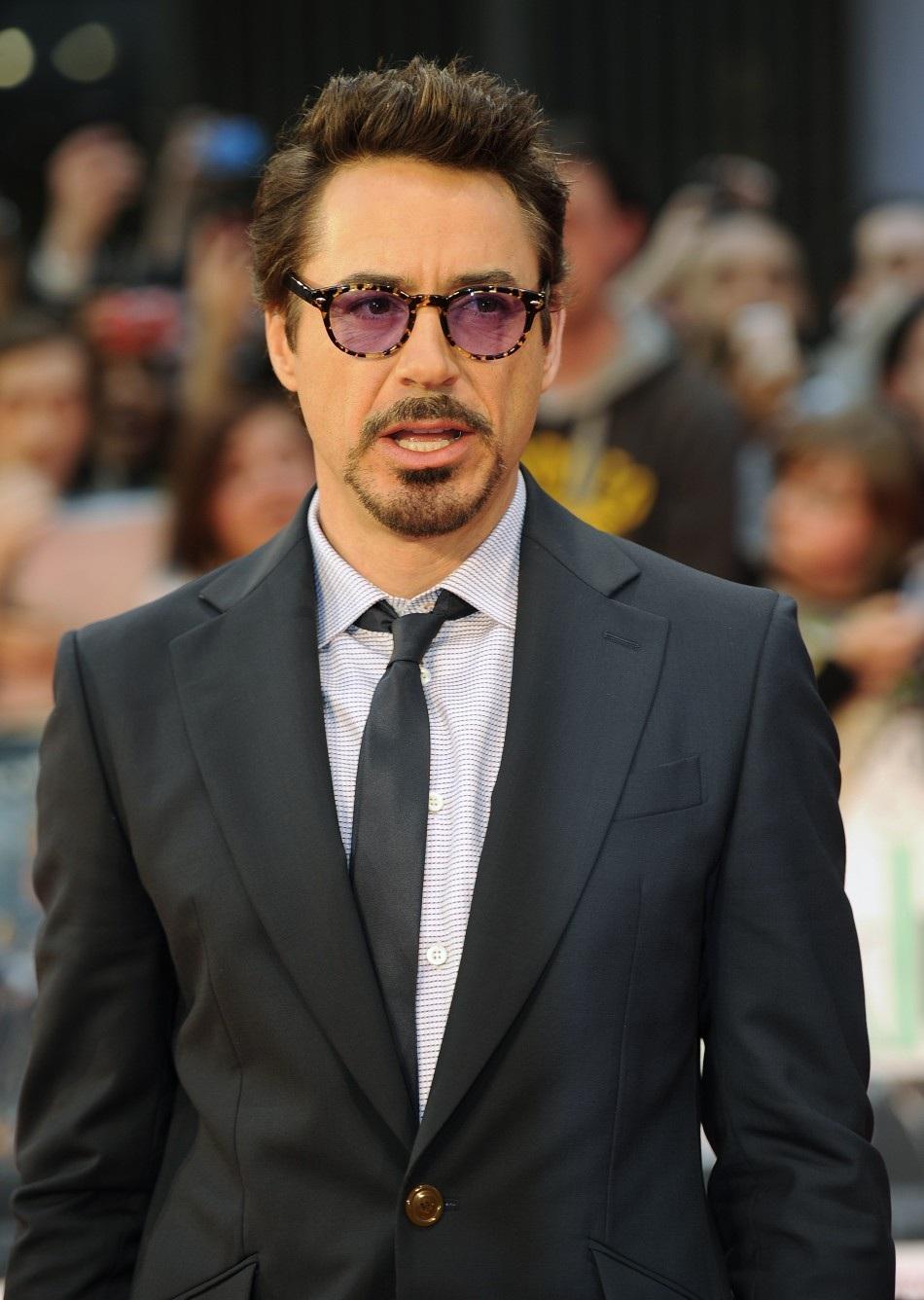 Johhny Depp is wearing Oliver Peoples Sheldrake OV 5036 700-4270 3fd56fbef149