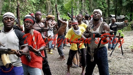 Commotion as Gunmen Invade Pentecostal Church in Ondo...Checkout What They Did There