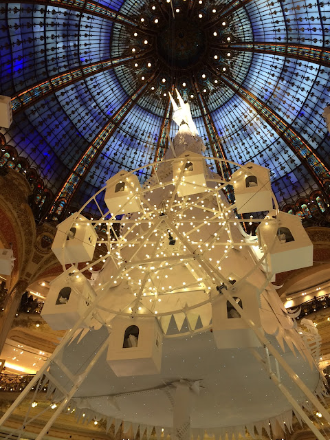 Paper tree and Ferris wheel by Lorenzo Papace, Galeries Lafayette, Paris, 2016