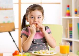 أفضل وجبات الإفطار للاطفال قبل الذهاب الى المدرسة