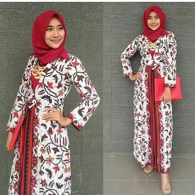 Model Gamis Batik Kombinasi Kain Polos Untuk Wanita Ragam