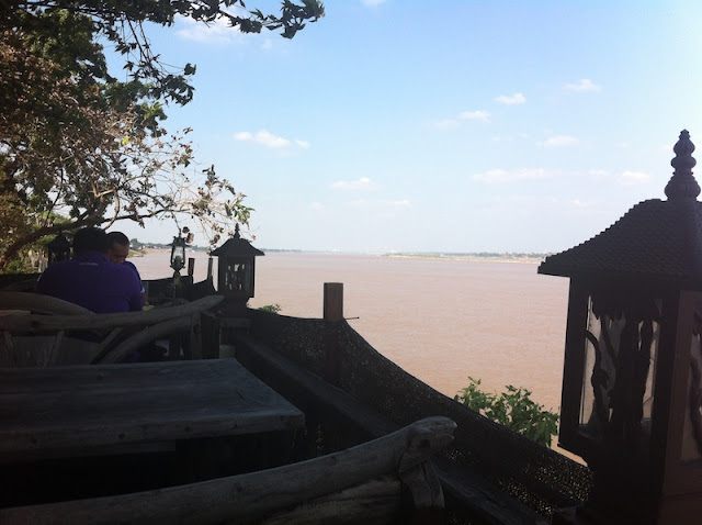 View over de Mekong River in Mukdahan, North-East Thailand