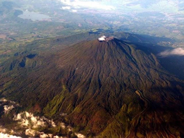 Paket Trekking Gunung Ciremai