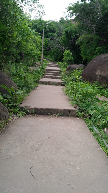 The staire-of-madan-mahal
