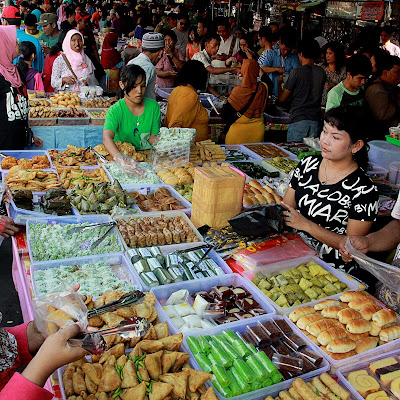Peluang Usaha Takjil Makanan Buka Puasa