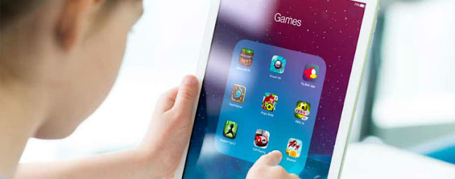 Role of Successful Mobile Games for New Game Development Projects