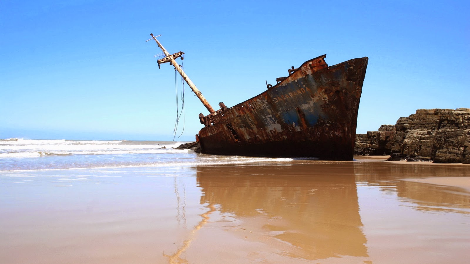 old-sunken-ship-on-sea-beach-wallpaper-for-desktop-pc-mac.jpg