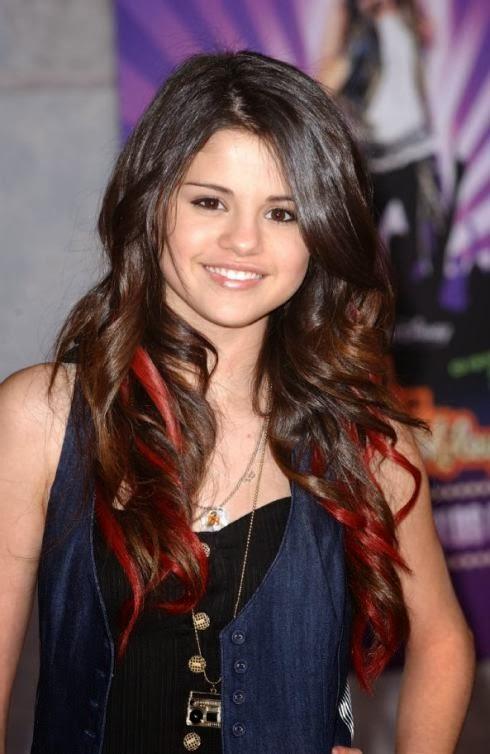 Latest Hairstyles: Selena Gomez Hair Color
