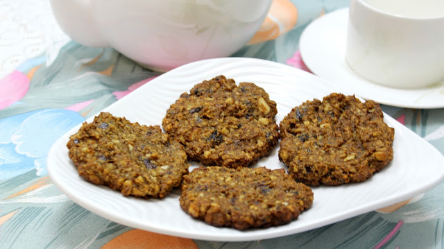 A healthy cookies made of dates and nuts
