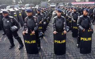 Waduh .. Brimob Sudah Siapkan Sedikitnya 8700 Pasukan untuk ikut Amankan Aksi Bela Islam Jilid III Pada 2 Desember Mendatang - Commando