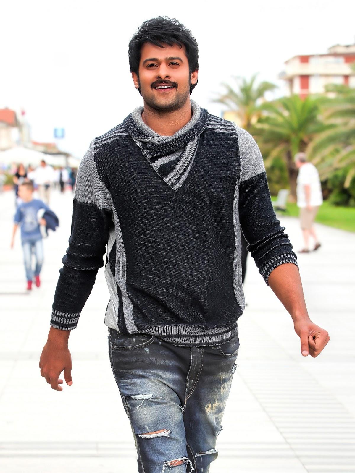Images Hero Ram Charan Kajal Agarwal Lehenga Style Saree Pics From Naayak Movie Telugu