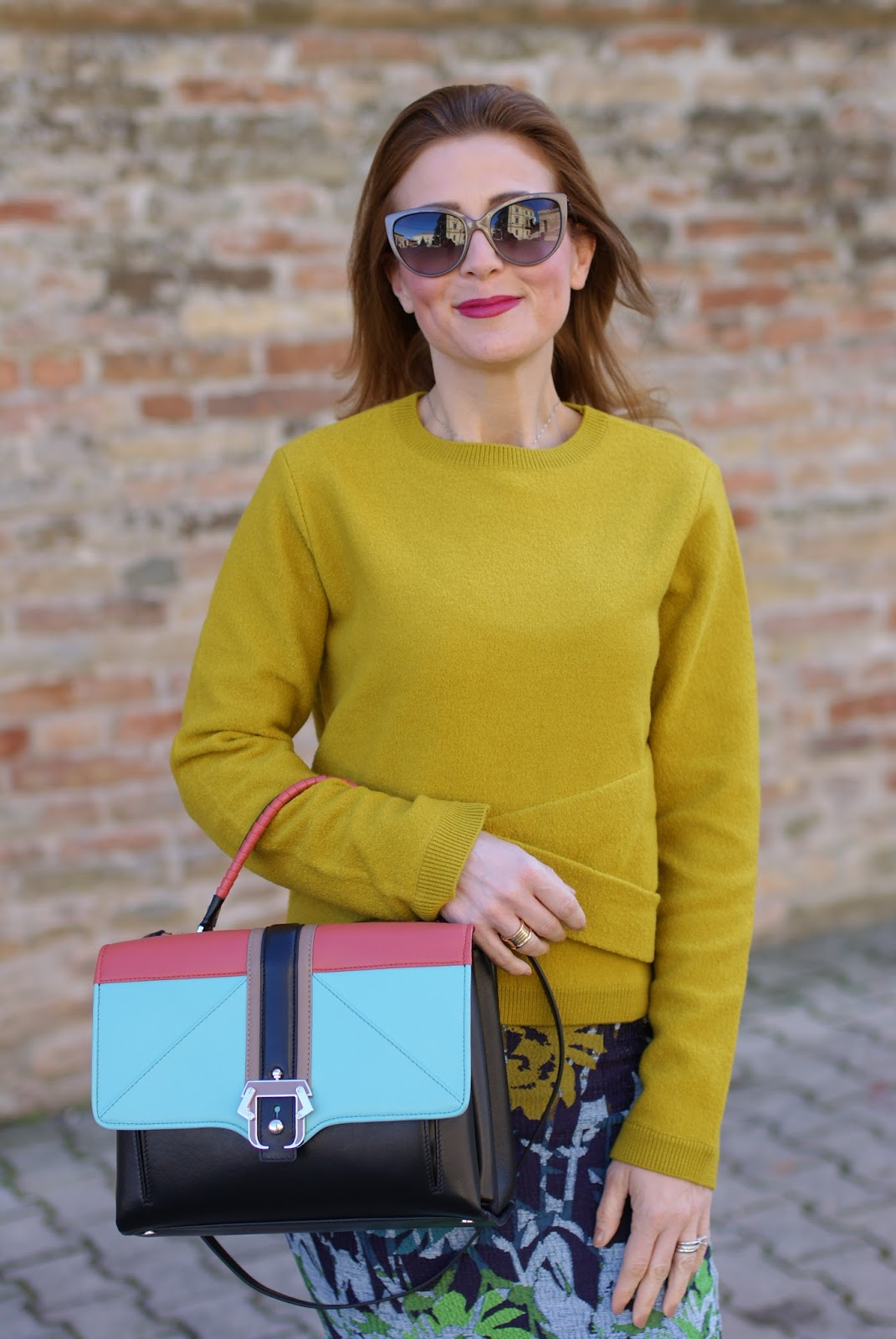 Lime yellow sweater and Paula Cademartori Faye bag on Fashion and Cookies fashion blog, fashion blogger style