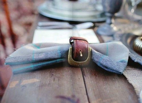 Cincin serbet terbuat dari daur ulang sabuk