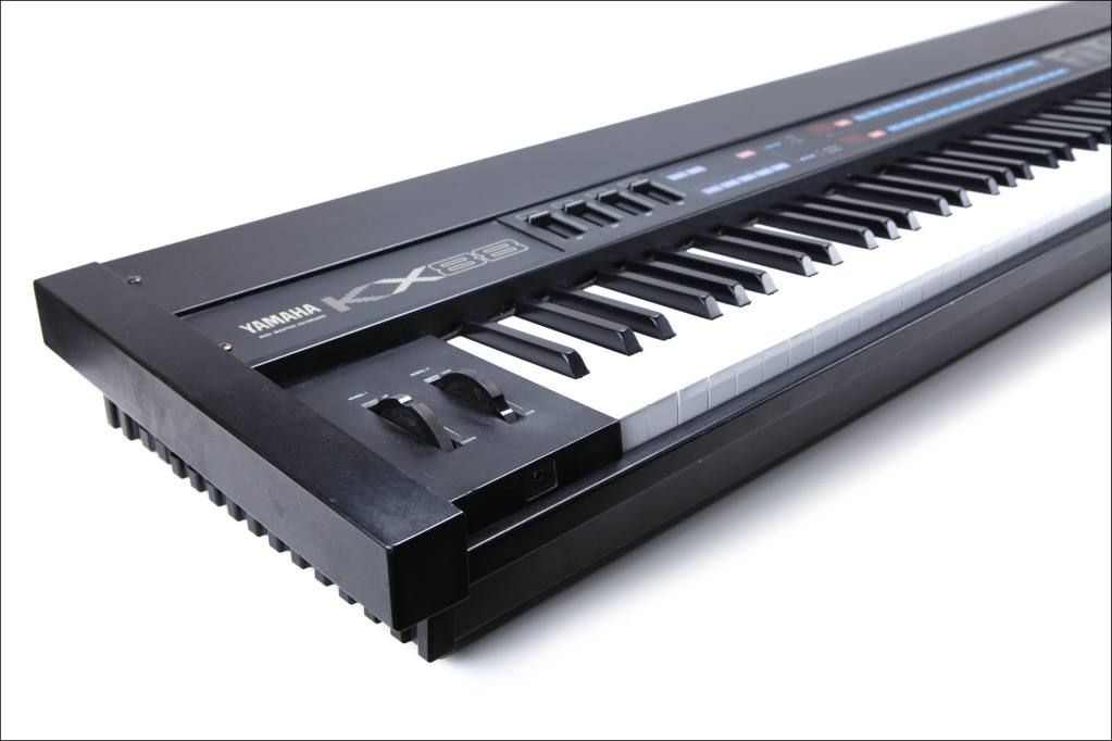 matrixsynth yamaha kx88 weighted 88 key keyboard midi controller. Black Bedroom Furniture Sets. Home Design Ideas