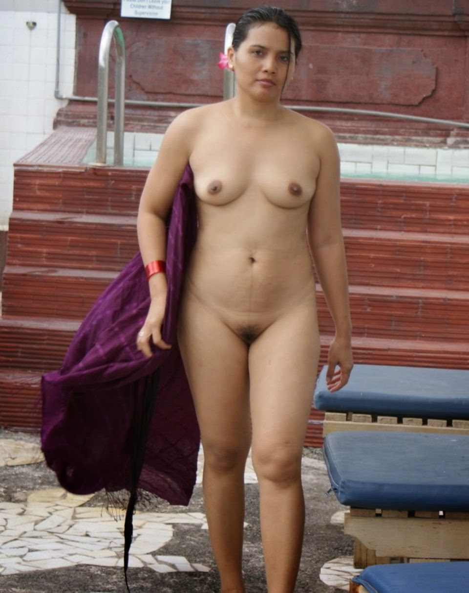 Full naked Indian bhabhi sexy nurse nude tits