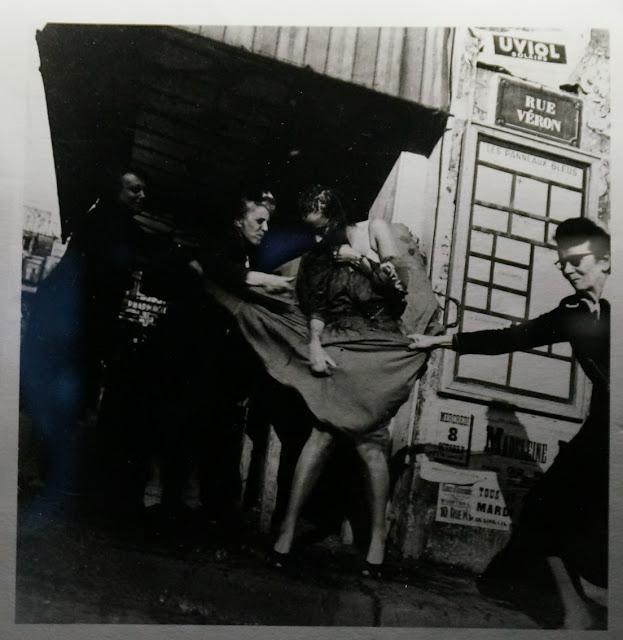 manifestation contre le new look paris 1947