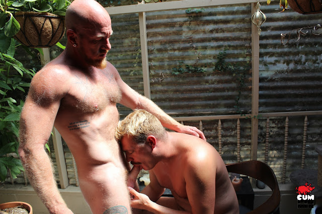 Cum Pig Men - DICK SAVVY POUNDS RYAN'S MOUTH ON THE TERRACE