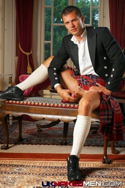 Scottish man nude — photo 15