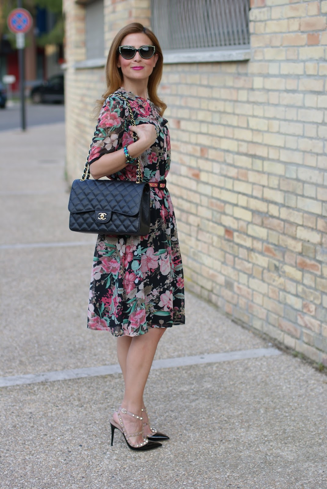 Floral bon ton dress with Valentino Rockstud heels and Chanel bag on Fashion and Cookies fashion blog, fashion blogger style