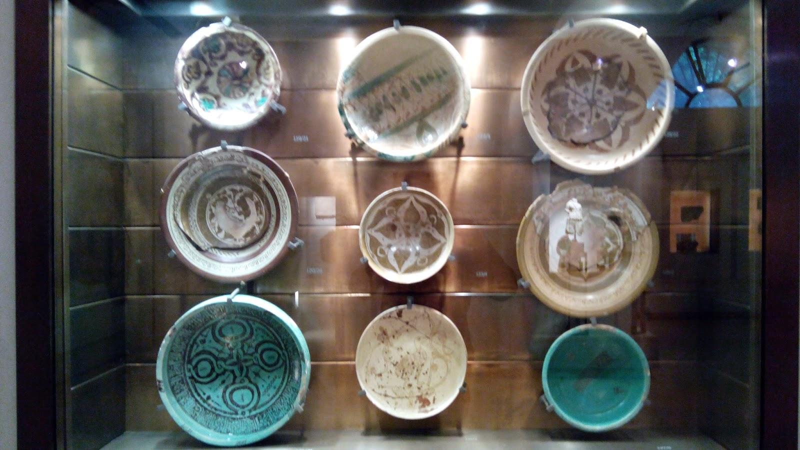 Maravilhosos bacini, decoração em cerâmica policromática de campanários
