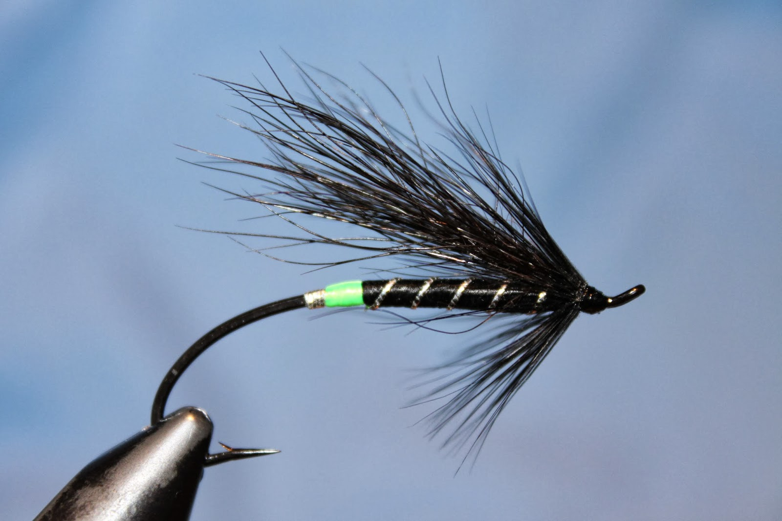 How to tie the Black Bear Green Butt