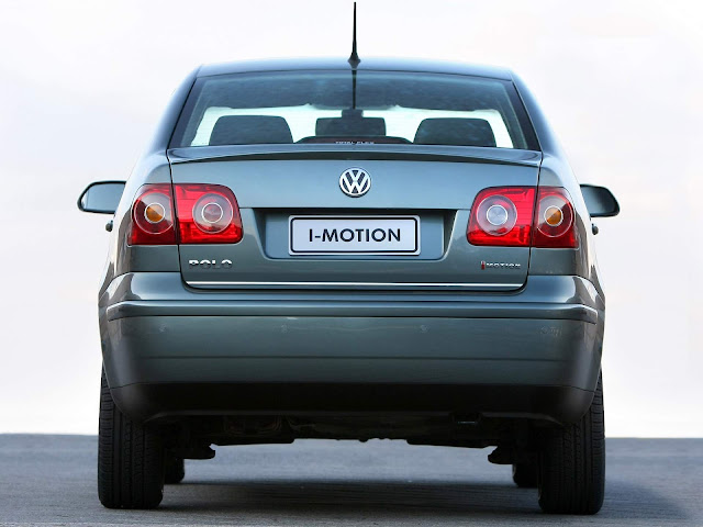 Volkswagen Polo Sedan I-Motion 2010