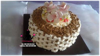 Kue Tart Pertunangan  Surabaya