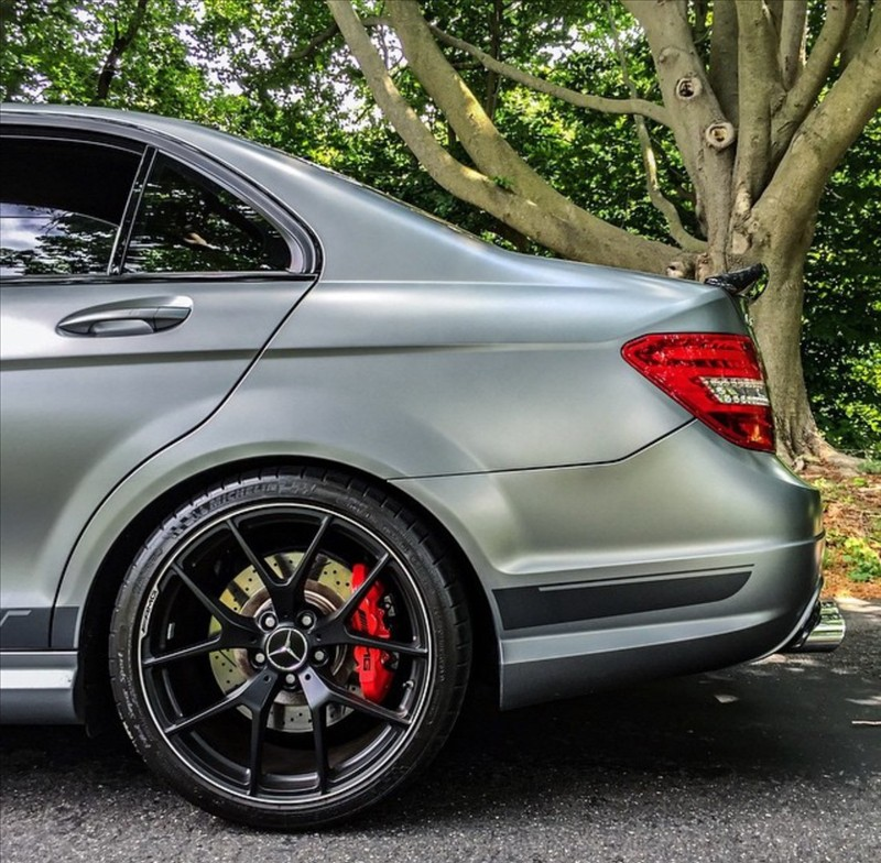 Supercar Mercedes C63 AMG 02