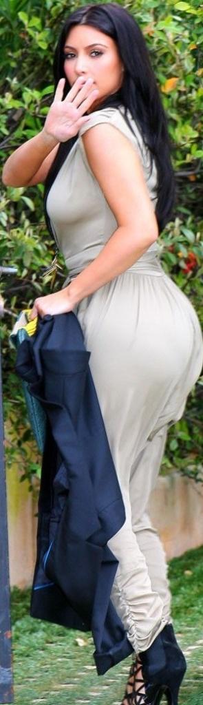 kim kardashian hot ass