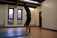 Free handstand